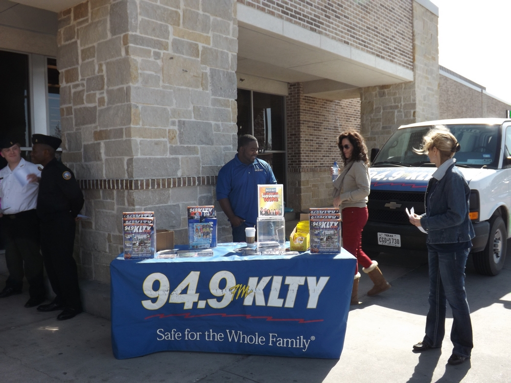 KLTY 949 Radio Broadcasting For The Troops From Our Carrollton Kroger Collection Drive Feb 2014